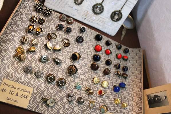 Assuna bijoux vintages en boutons anciens