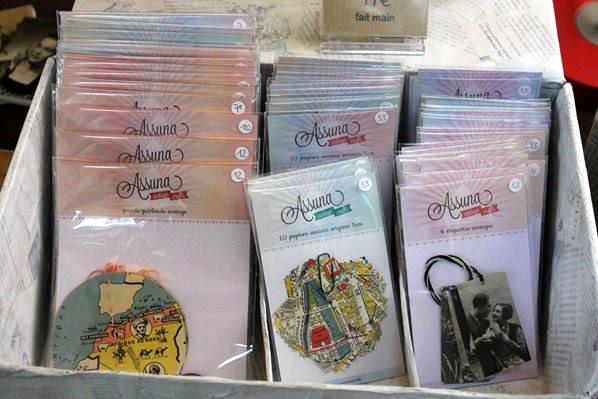 Assuna : guirlandes, origami et étiquettes vintages
