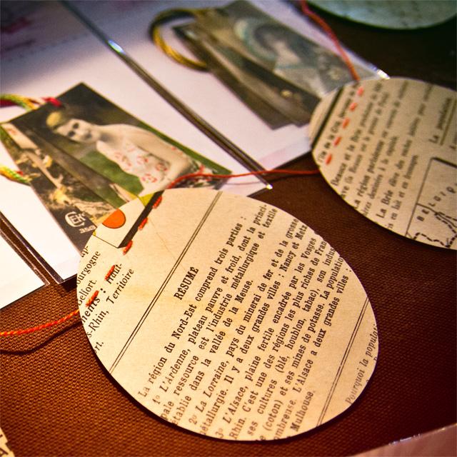 Etiquettes à cadeaux sur le stand Assuna aux Boutiques Ephémères