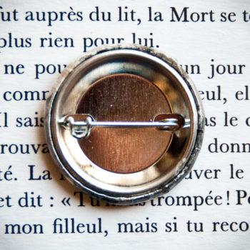 Badge vintage Femme à la Fleur