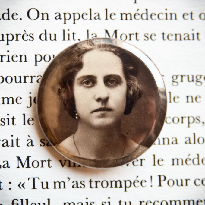 Badge vintage Rose Chouteau