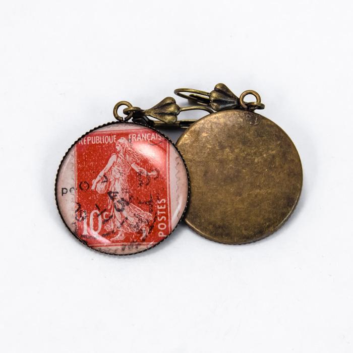 Assuna Boucles timbres vintage rouge