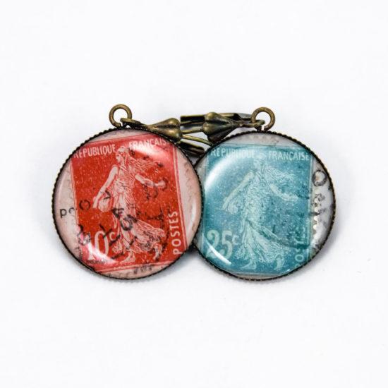 Assuna Boucles timbres vintage rouge et bleu