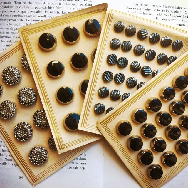 Butin de boutons anciens des années 20 et 30