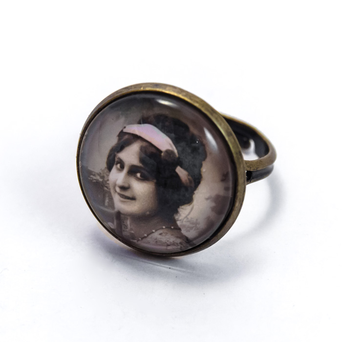 Vintage postcard ring
