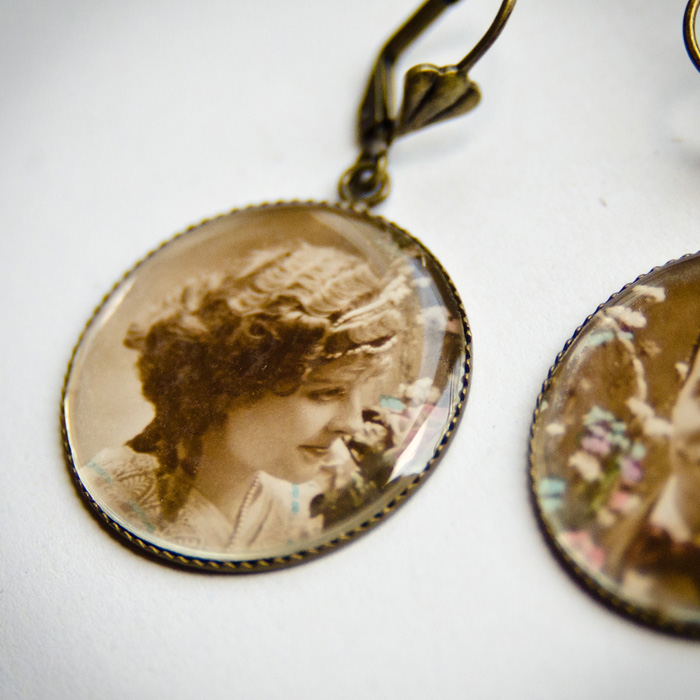 Romantic Couple studs earrings woman