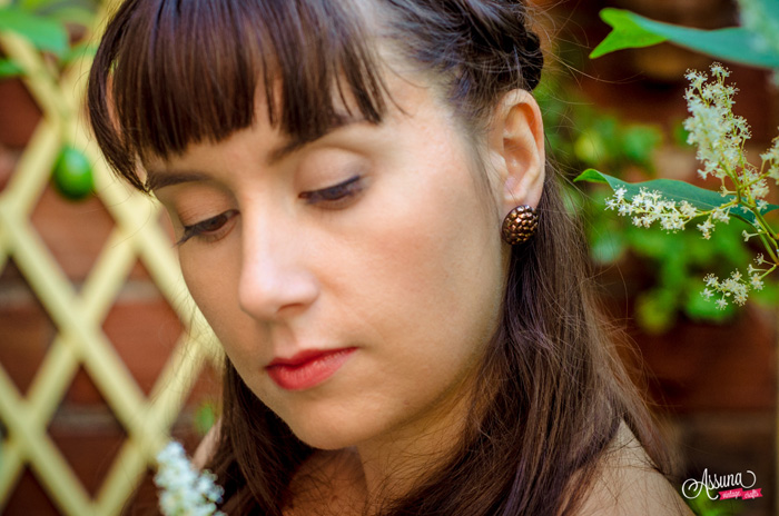 Assuna 2015/2016 – Boucles d'oreilles et barrette boutons anciens – Gilberte