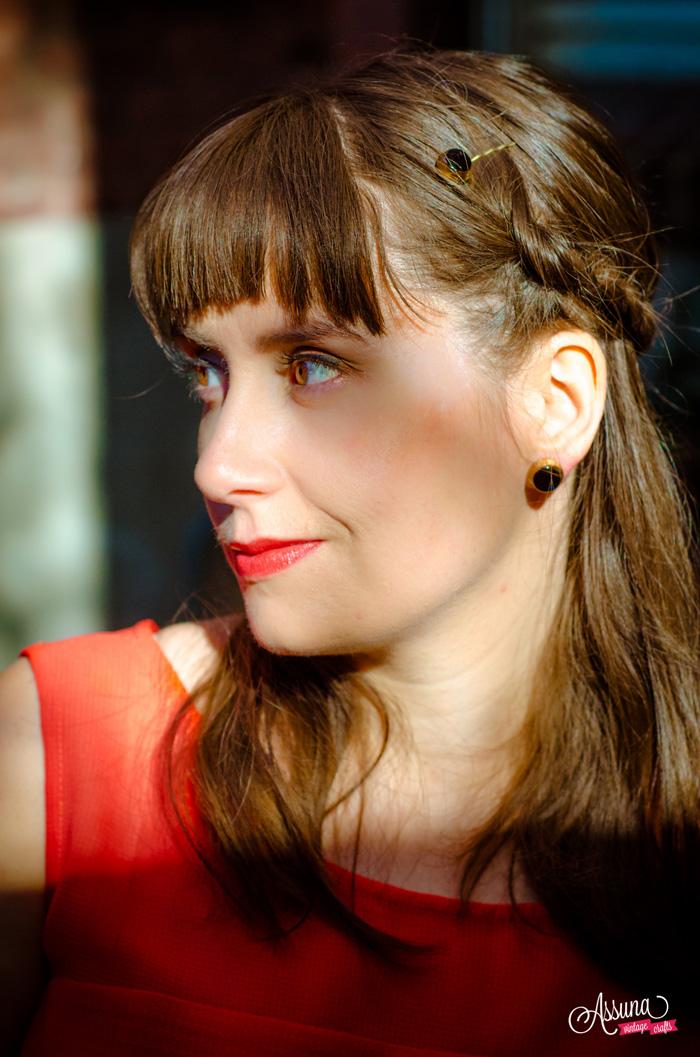 Assuna 2015/2016 - Boucles d'oreilles et barrette boutons anciens - Liliane doré