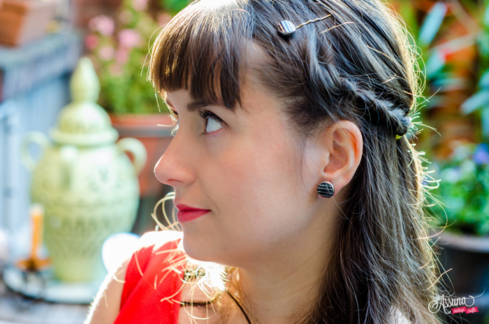 Assuna 2015/2016 – Boucles d'oreilles et barrette boutons anciens – Louise