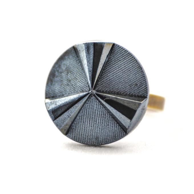 Assuna - Grande bague Angèle bleue - Bague bouton ancien d'inspiration vintage