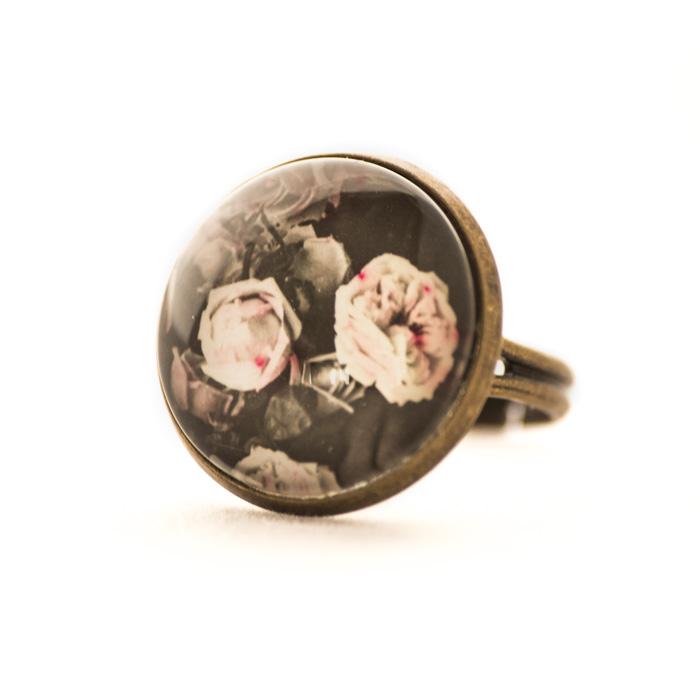 Vintage postcard ring Flowers