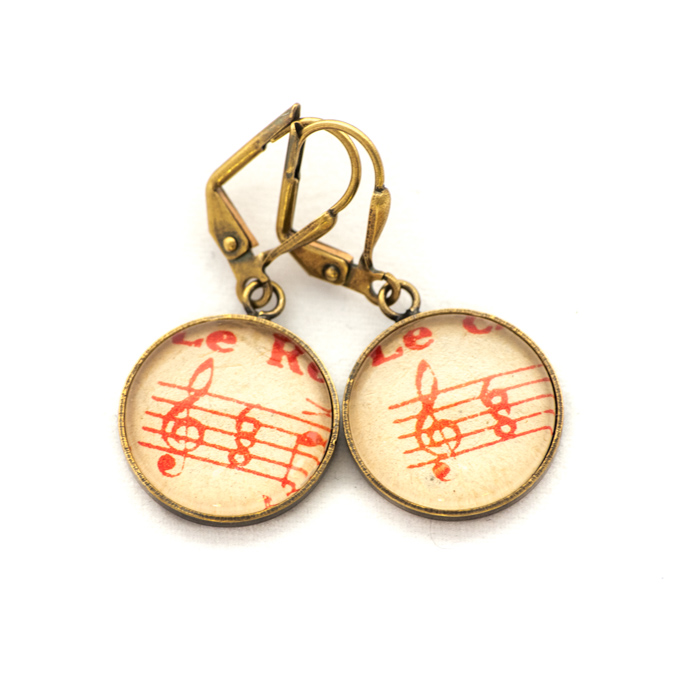 Golden music sheet studs earrings Red Clé