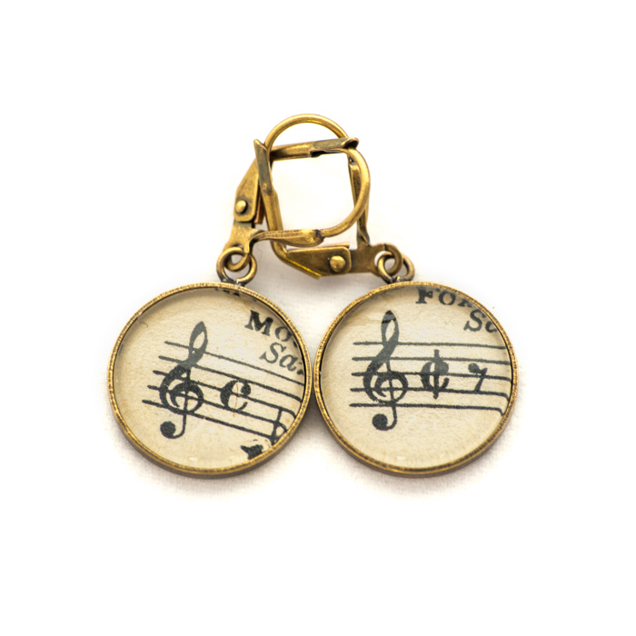 Golden music sheet studs earrings Black Music Clé