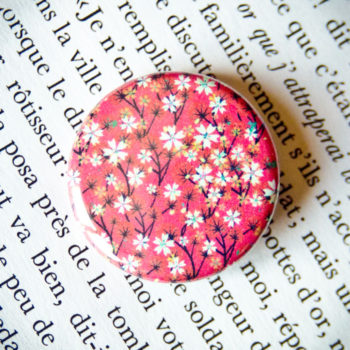 Badge Sakura Fuchsia 1