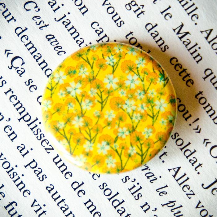 Badge Sakura Jaune 1