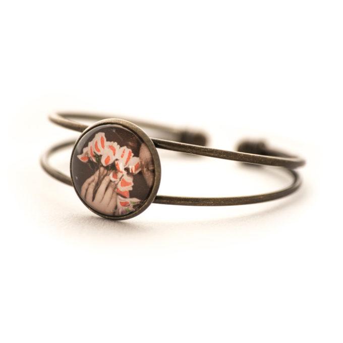 Bracelet ancien Fleurs Main