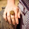 Bague Garance dorée - bouton ancien - Look
