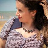 Assuna - Boucles d'oreilles dormeuses et collier Andrée or look