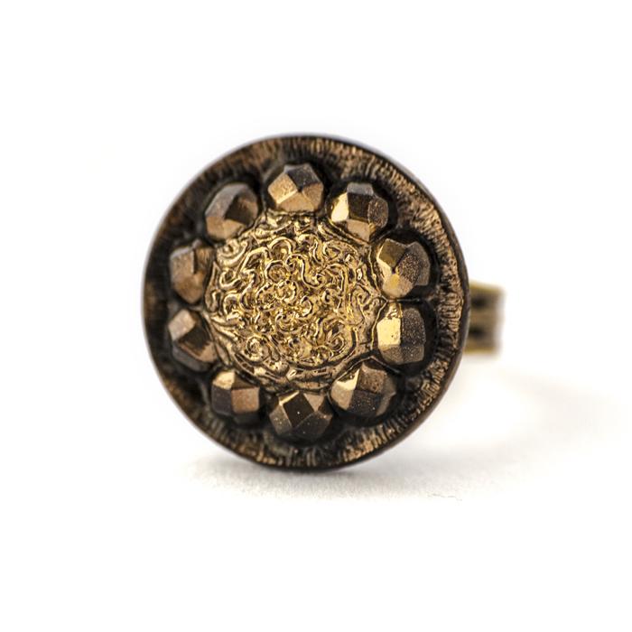 Assuna - Grande bague Sybille dorée - Bague bouton ancien d'inspiration vintage