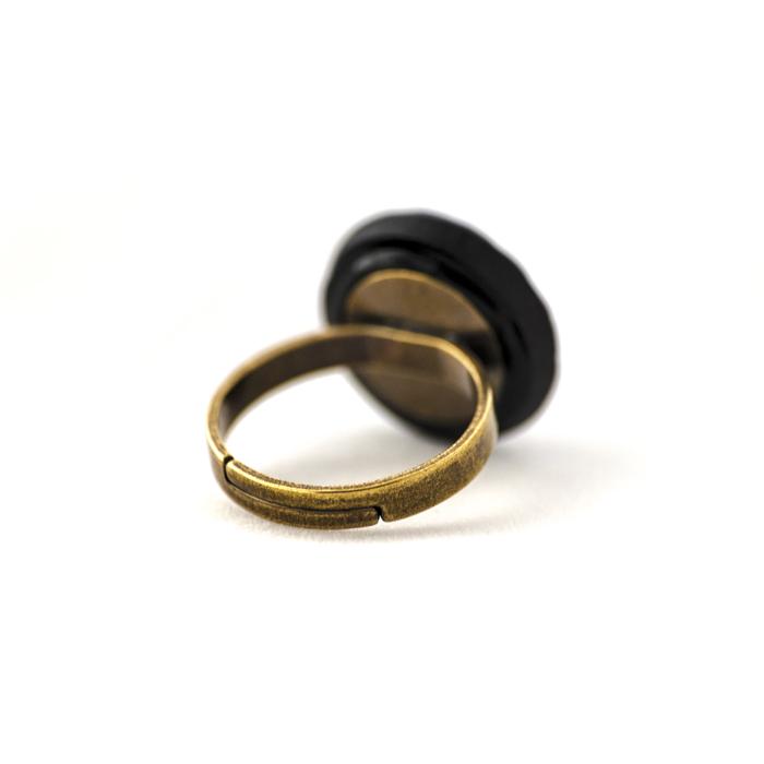 Assuna – Petite bague Sybille dorée dos – Bague bouton ancien d'inspiration vintage