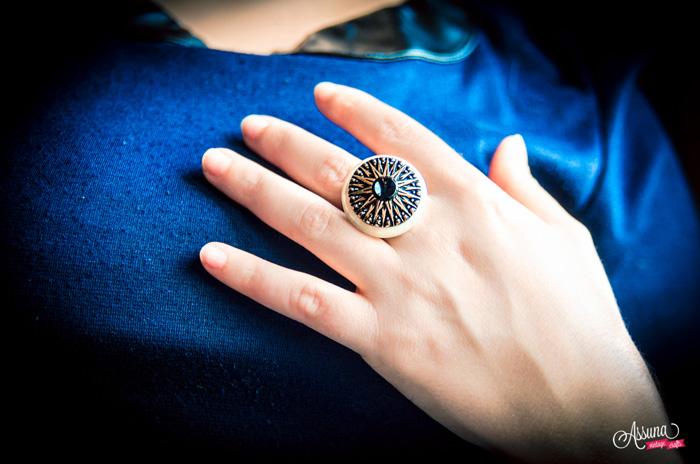 Assuna 2014/2015 – Bague bouton ancien Léontine blanc