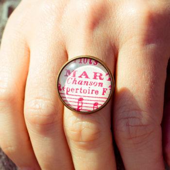 Bague partition ancienne notes roses chanson