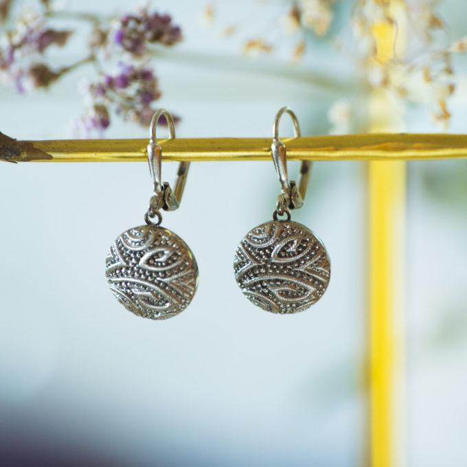 Boucles d'oreilles dormeuses bouton ancien Garance argent inspiration vintage
