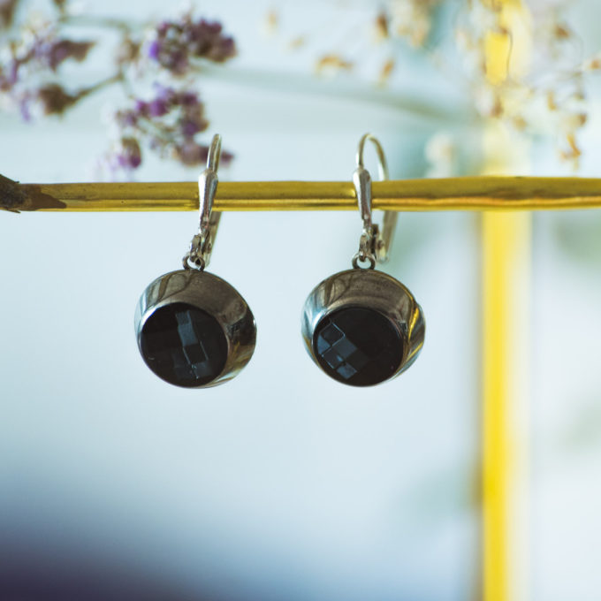 Boucles d'oreilles dormeuses bouton ancien Liliane argent inspiration vintage