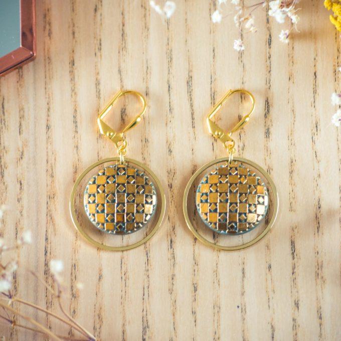 Assuna - Boucles d'oreilles tendance grandes dormeuses cercles Eugénie kaki inspiration vintage