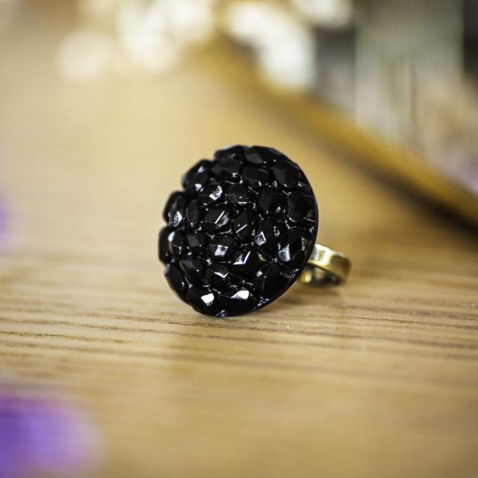 Bague Gilberte noire - bouton ancien - inspiration vintage