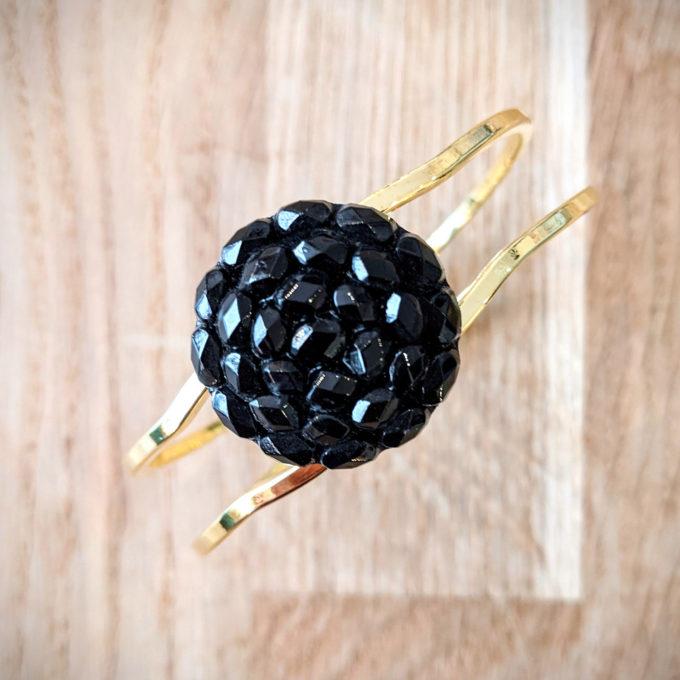 Bracelet vintage Gilberte noir et or - dessus