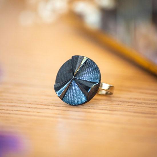 Bague Angèle bleue - bouton ancien - inspiration vintage