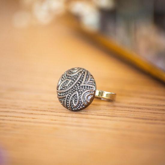 Assuna - Petite bague Garance argentée - bouton ancien - inspiration vintage