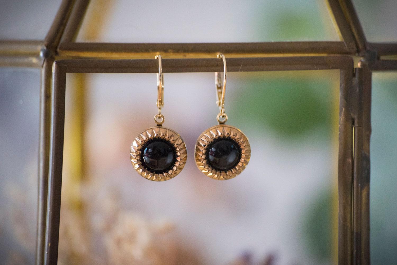 Assuna – Petites dormeuses Eva – Boucles d'oreilles bouton ancien – doré à l'or fin