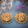 Assuna - Boucles Solare Flora - Boucles d'oreilles bouton ancien sur estampe solaire