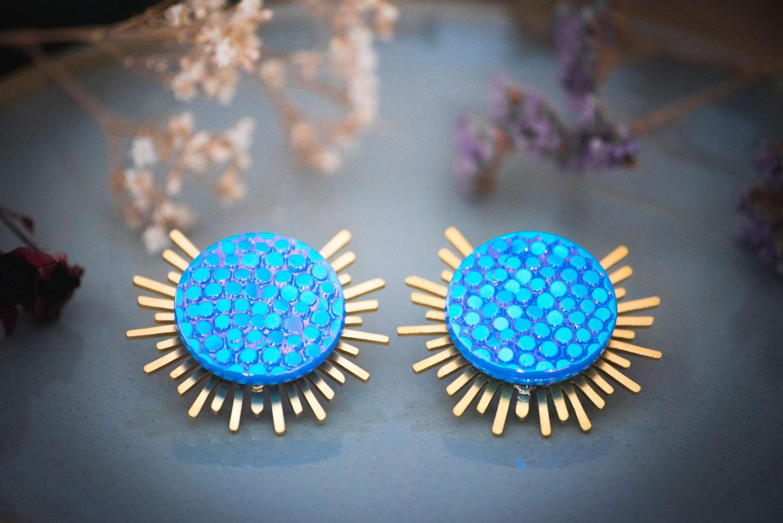 Assuna – Boucles Solare Luna – Boucles d'oreilles bouton ancien sur estampe solaire