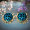 Assuna - Boucles Solare Reine vert - Boucles d'oreilles bouton ancien sur estampe solaire