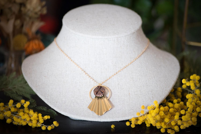 Assuna – Collier Comète Angèle bronze- Bijou d'inspiration vintage