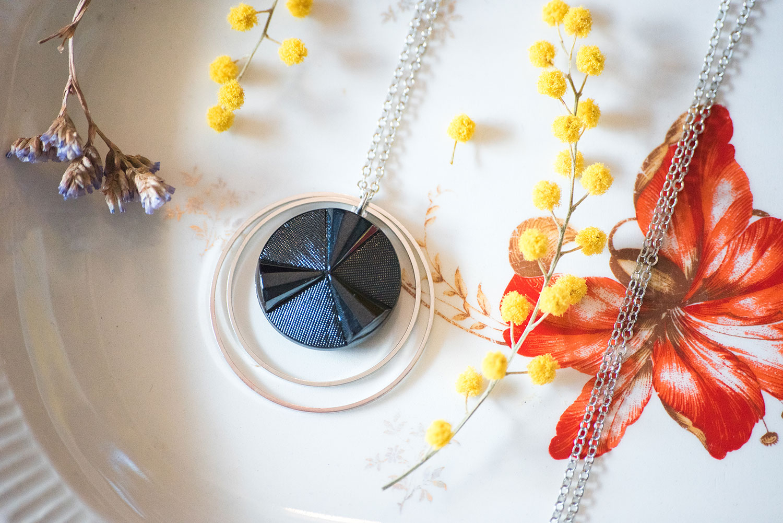 Assuna – Sautoir Lunare Angèle bleu – inspiration vintage