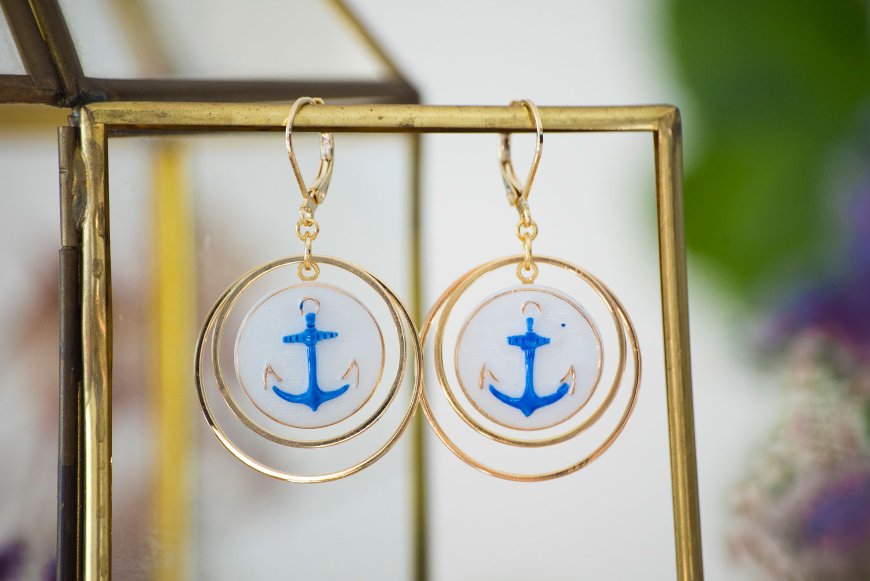 Assuna – Boucles d'oreilles Lunare – Marine – Bijou d'inspiration vintage