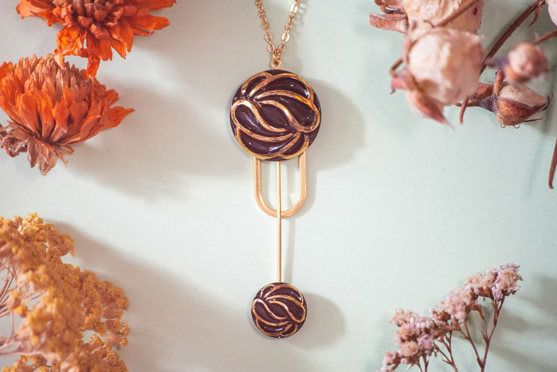 Assuna – Collier Ysée Andrée – bijoux léger géométrique bouton ancien inspiration vintage